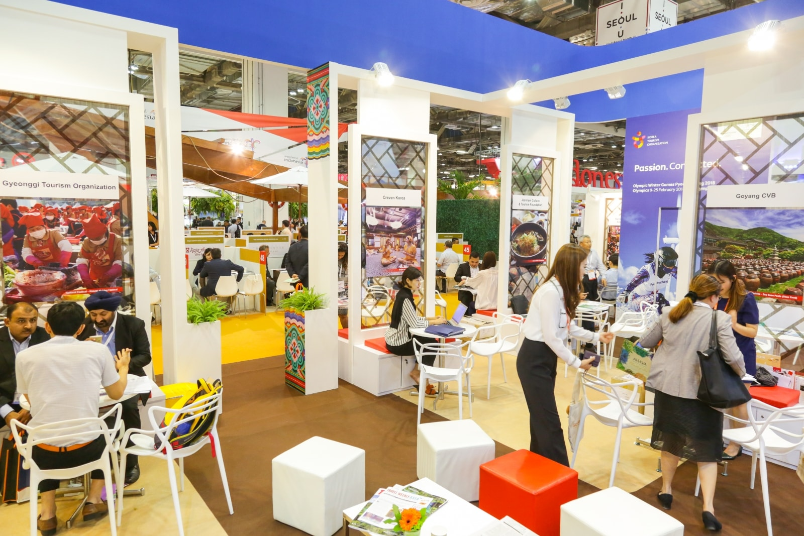 Who are Exhibitors at ITB India Event